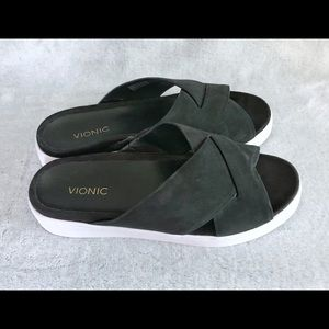 Vionic Shoes - Vionic Black Suede/White Sole Slides Sandals 7